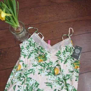 NWT Vince Camuto Lemon Lemonade Cami Shorty Set L
